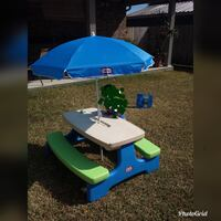 Picnic table with umbrella  Belle Chasse, 70037
