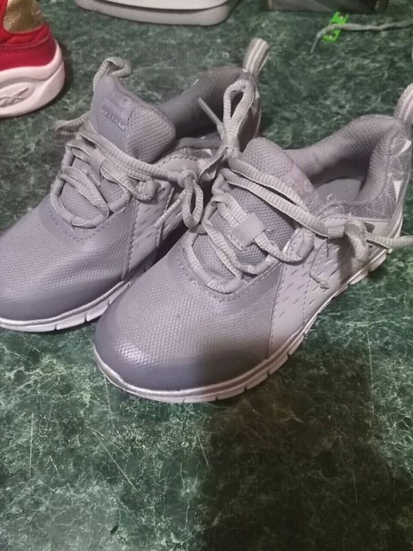 0bde31c71ce99 Used kids xersion size 13 medium shoes for sale in Queens - letgo