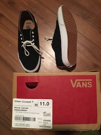 Pair of black vans low-top sneakers Satellite Beach, 32937