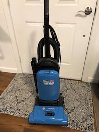 Hoover vacuum, extremely strong suction!!! 2242 mi