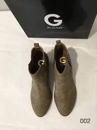 TROYE MEDUIM NATURAL 8M by GUESS