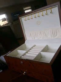 Lenox jewelry box Lanham, 20706