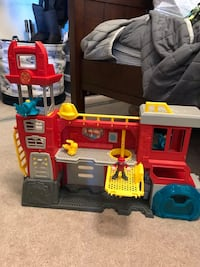 Rescue bot fire station. Excellent condition  Rancho Santa Margarita, 92688