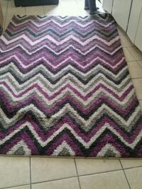 9 by 6 Area Rug Sarnia, N7T 6H3
