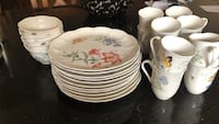 Lenox Butterfly meadow china.  11 dinner dishes, 12 cups, 7 bowls Palm City, 34990