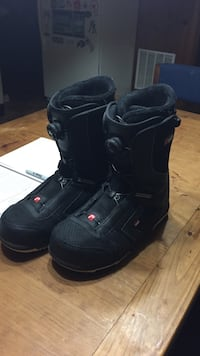 pair of black snowboard boots Arlington, 22207