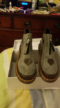 pair of brown leather boat shoes Silver Spring, 20904
