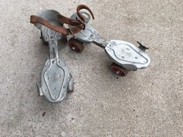 Vintage Speed King Roller Skates with key