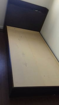 Single bed and head board Edmonton, T5Y 1B8