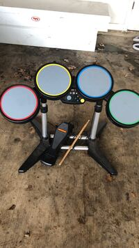 X Box 360 Rock band drum set with pedal Bossier City, 71111