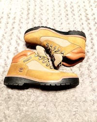 Men's Timberland Field Boot paid $158 Size 10.5