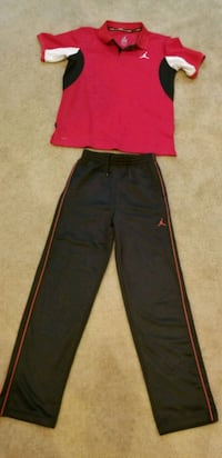 Boys red shirt and black pants Woodbridge, 22191