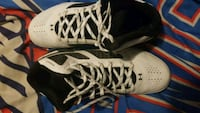 Brand new basketball shoes size 9 Orangeville, 84537