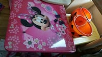 pink and white Minnie Mouse themed table lamp Pittsburg, 94565