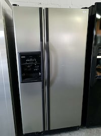 gray side by side refrigerator with dispenser Woodbridge, 22191