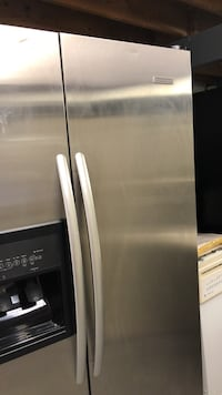 stainless steel side-by-side refrigerator with dispenser Gurley, 35748