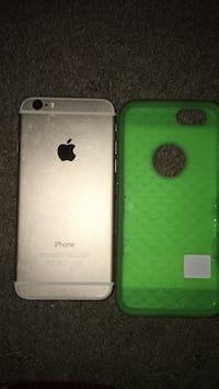 Gold iphone 6 and green case 68 km