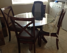 Dinning table with 4 chairs