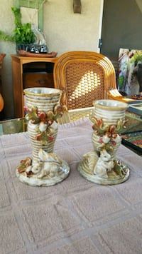 Adorable squirrel candlestick holders Winchester, 92596
