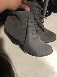 Ankle boots with heel size 7