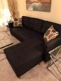 Brand new black linen sectional/ sofa 39 km