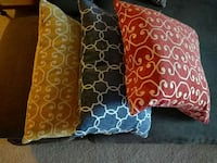 Feather pillows (set of 3) Calgary, T3R