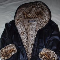 Wilson's Leather Belted Black Coat Leopard Faux Fur Lining Great Condition Hooded - Medium St Catharines, L2M 7A1