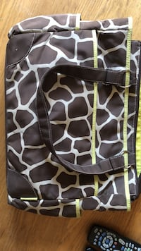 Giraffe print diaper bag Los Angeles, 91342