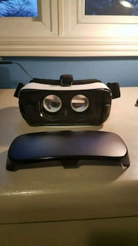 Samsung gear vr powered by oculus  Mississauga, L5M 7L2