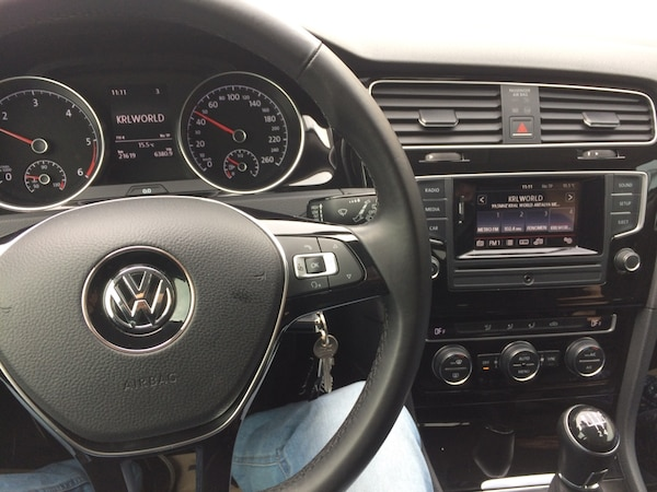 Volkswagen - Golf - 2015