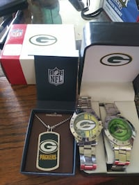 Green Bay Packer watches and stainless steel necklace