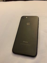 iPhone  7  9.5/10 condition 64g Toronto, M2P
