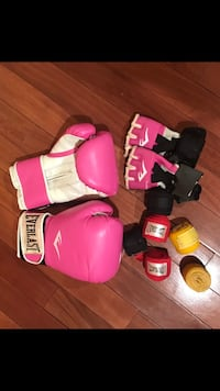 Boxing Gloves, Womans