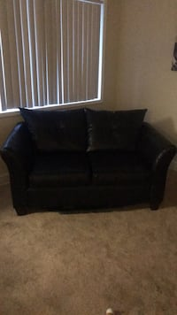 black leather 2-seat sofa Bladensburg, 20710
