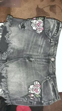 Size 32 Xl/2x shorts forever 21 NWT Hanford, 93230