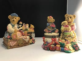 Three Bears figurines ring boxes