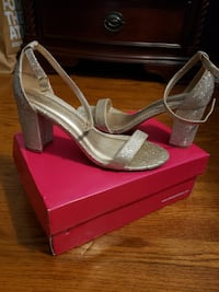 Gold strappy heels- Size 6 Vaughan