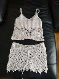 Crochet bikini cover with adjustable skirt size small/medium bought on