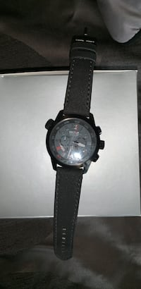 Sector watch (barely worn) Vaughan, L4L 1Y9