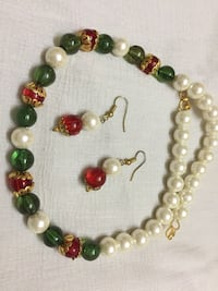 Green, white, and red beaded necklace and earrings Jaipur, 302021