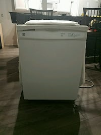 Kenmore dishwasher great condition  Johnstown, 80534