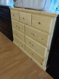 Pinewood dresser with 9 drawer  Lakewood, 90713