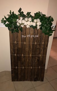 Rustic find your seat wedding Mississauga, L4W 0C3
