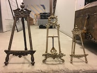 Plate stands. Different Sizes King, L0G 1N0