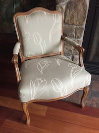 white and brown wooden armchair Ancaster, L9G 1Z4