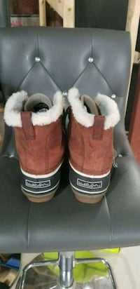 wind river womans boots Kitchener, N2P 2N3