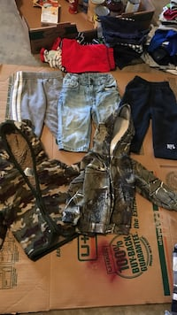 boys warm clothing 6-9 months  Vacaville, 95687