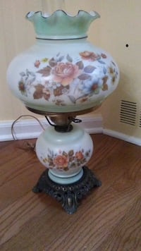 White and multicolored floral glass table lamp Newark, 07105