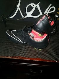 Size 8.5 Nike cleats
