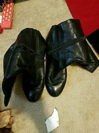 pair of black leather dress shoes Washington, 20001